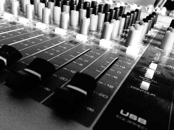 sound-1412629_960_720